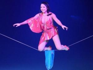 thu-hien-circus-2