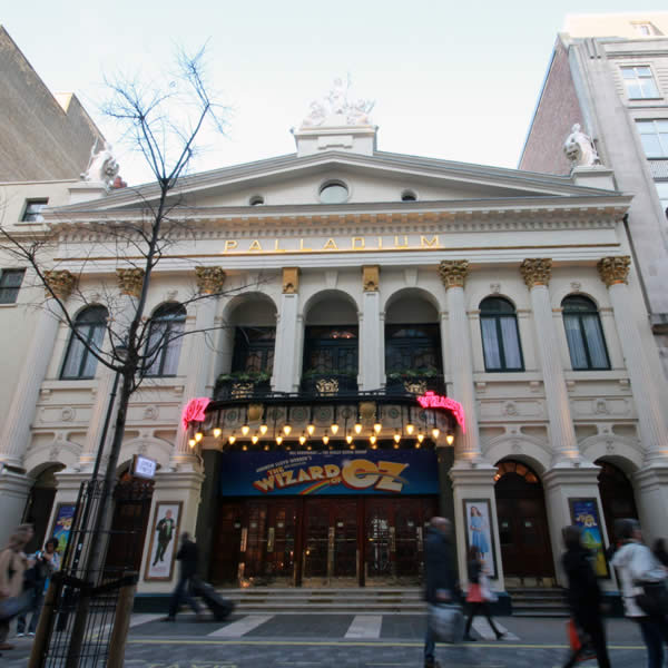 West End shows adopt one single price ticket