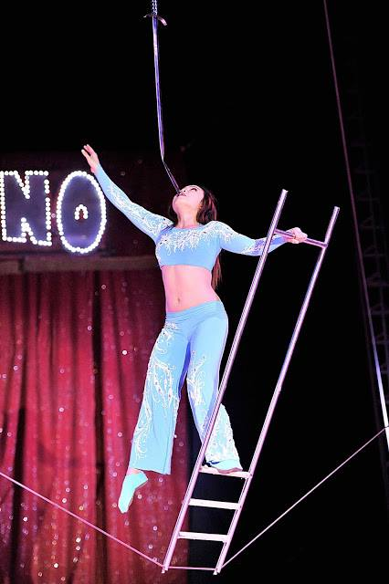The Best Circus and Stage Photographs!